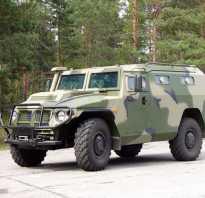 ГАЗ Тигр, характеристики автомобиля, гражданская, полицеская и военная модификации, сравнение с Хаммером, использование на парадах и полигонные испытания