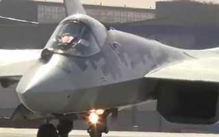 Появилось видео перехвата российских истребителей Су-30СМ.