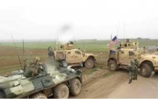 Российские пограничники пошли на таран и открыли огонь по нарушителю.